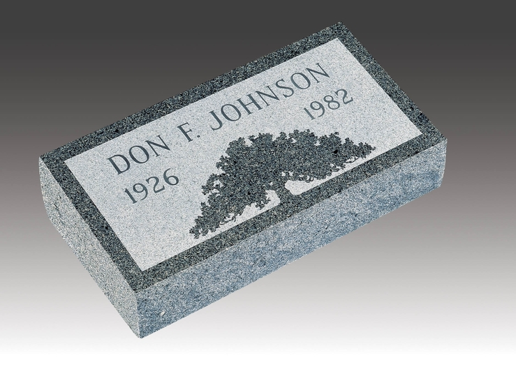 single-memorial-granite-marker-2
